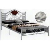 2115 Metal Queen Bed