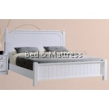B67/B72 Wooden Queen Bed