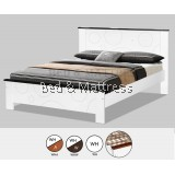 AT CS1509/CS1609WHW Wooden Queen Bed
