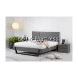 BD E2644 Wooden Queen Bed